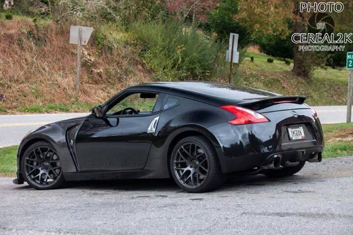 nissan 370z color negro tuning
