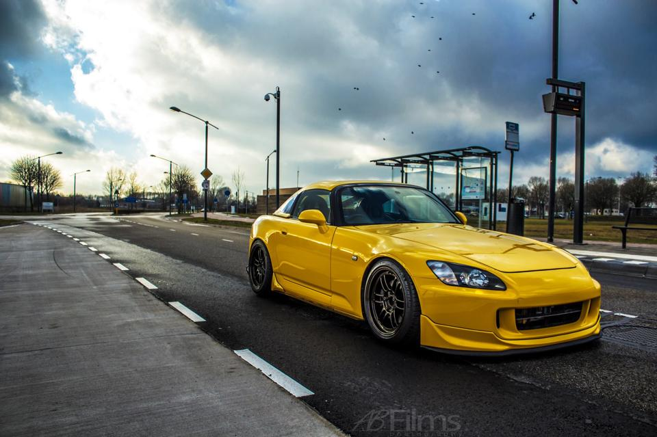 honda s2000 amarillo