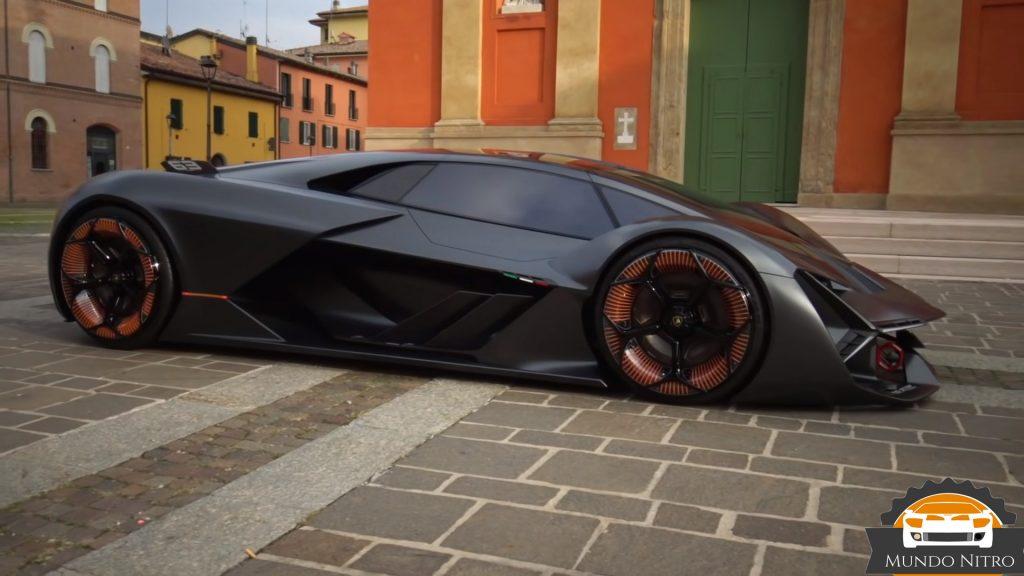 Lamborghini terzo millennio  corriendo