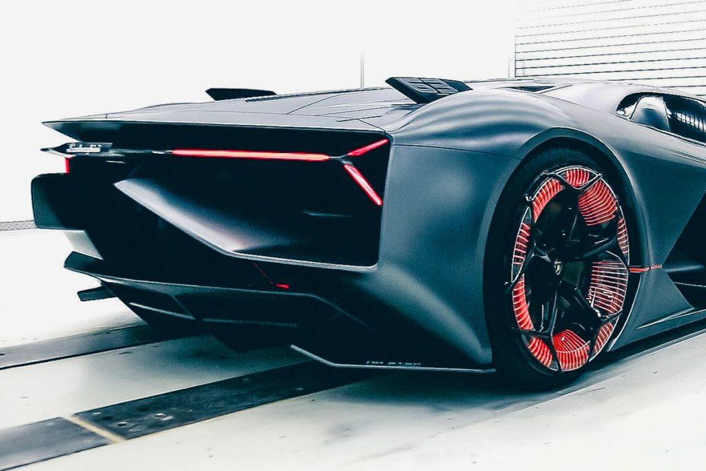 aleron Lamborghini terzo millennio