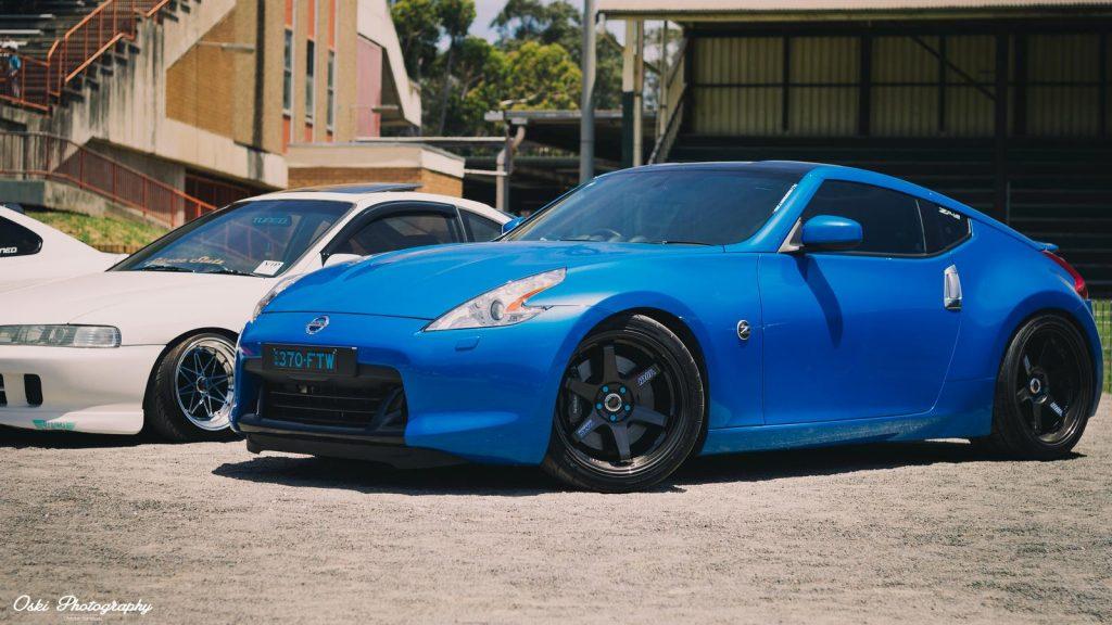 nissan 370z nismo azul