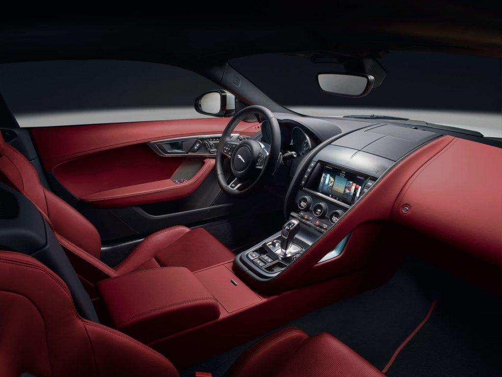 jaguar f type r dinamic interior